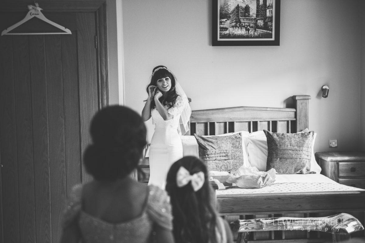 Lewis-Fackrell-Photography-Wedding-Photographer-Cardiff-Swansea-Bristol-Newport-Pre-wedding-photoshoot-cerian-dan-canada-lake-lodge-llantrisant--19