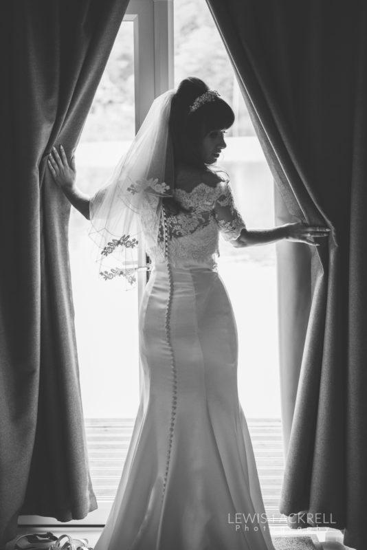 Lewis-Fackrell-Photography-Wedding-Photographer-Cardiff-Swansea-Bristol-Newport-Pre-wedding-photoshoot-cerian-dan-canada-lake-lodge-llantrisant--21