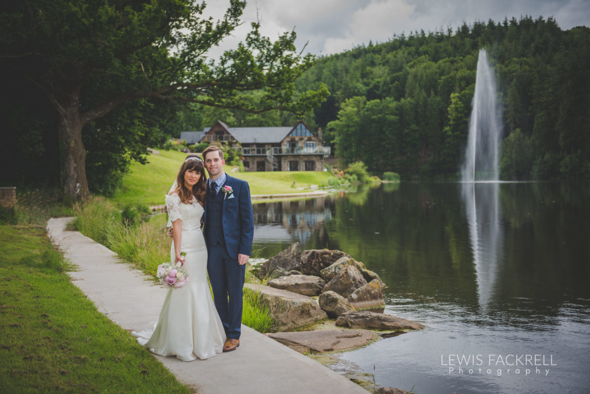 Lewis-Fackrell-Photography-Wedding-Photographer-Cardiff-Swansea-Bristol-Newport-Pre-wedding-photoshoot-cerian-dan-canada-lake-lodge-llantrisant--60