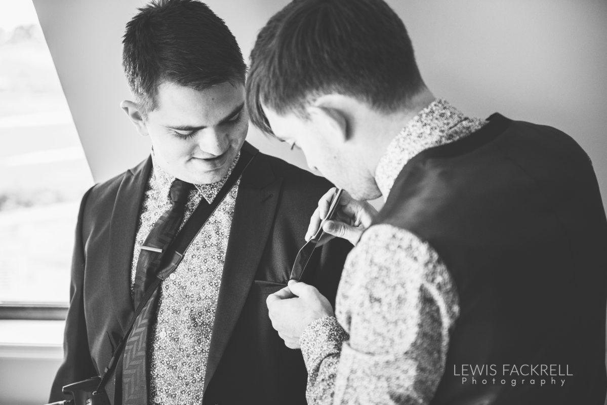 Lewis-Fackrell-Photography-Wedding-Photographer-Cardiff-Swansea-Bristol-Newport-Pre-wedding-photoshoot-cerian-dan-canada-lake-lodge-llantrisant--8