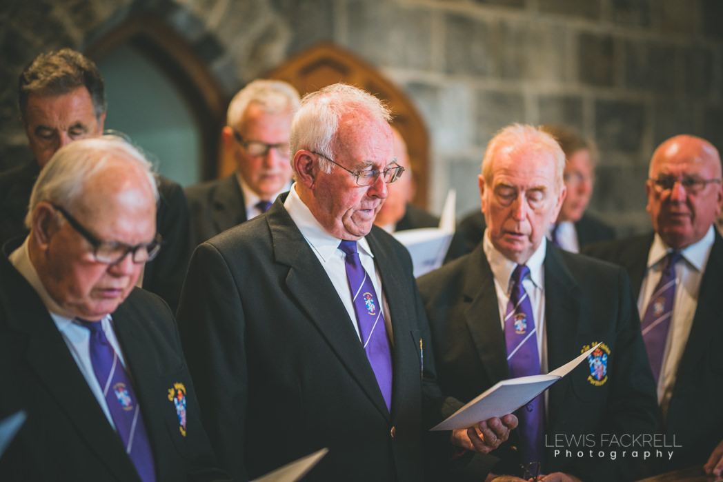 choir singing at wedding ceremony