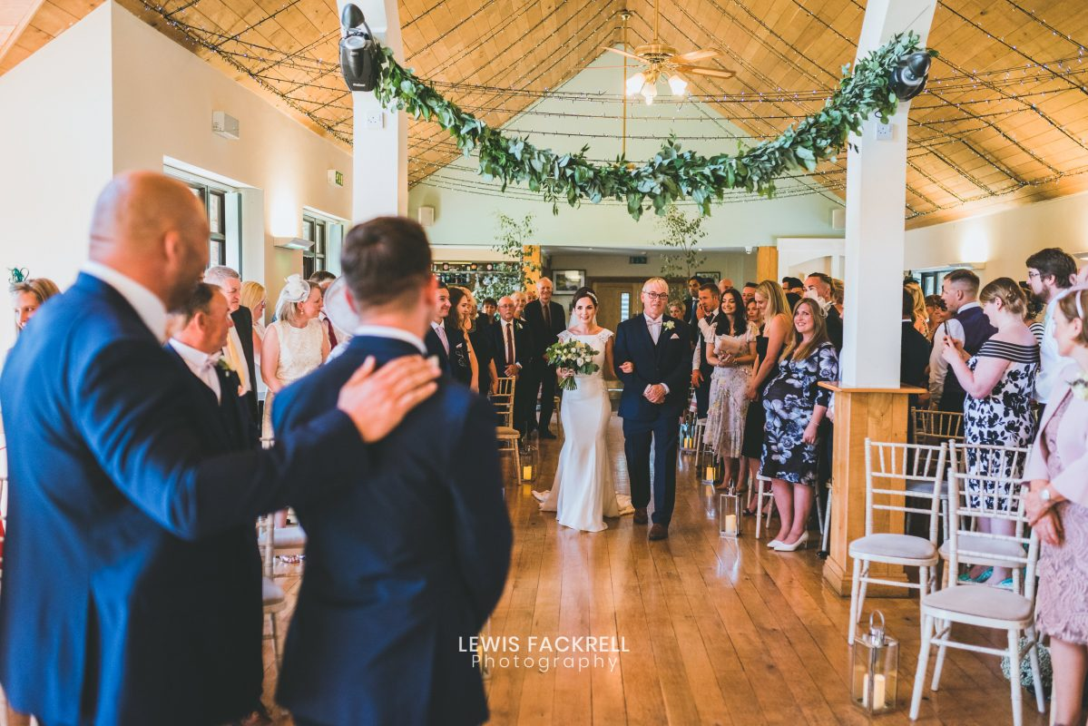 Canada lodge & lake wedding of ceremony